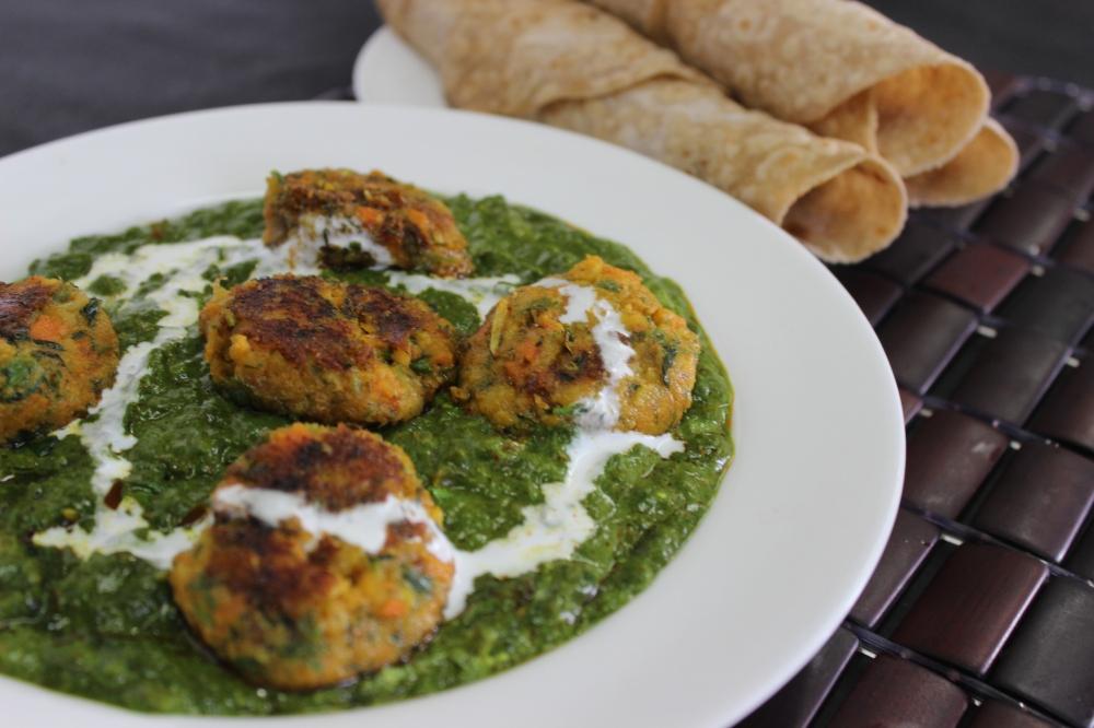Bhuna palak shami with roomali roti